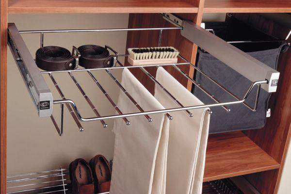 Przydatne akcesoria do szafy wnękowej