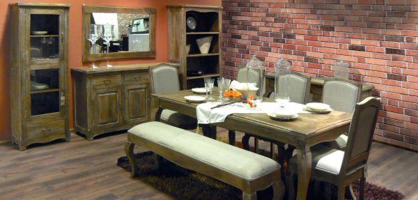 Klasyczny salon: meble w stylu dworskim