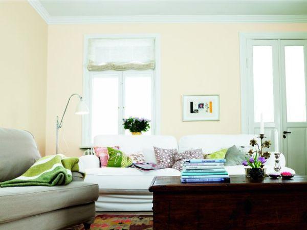 Kolory w salonie. Ciemny salon w jasnej odsłonie
